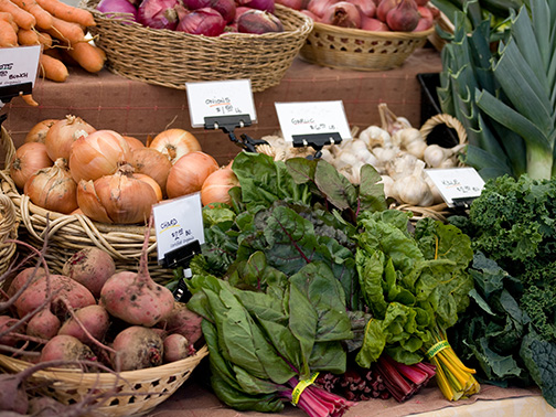 Table of organic produce